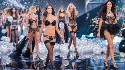 Victoria's Secret Melekleri İlk Kez Paris'te Yürüyecek