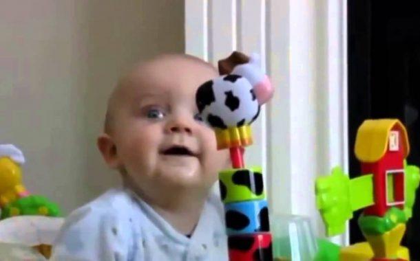 Bu Bebekler Çıldırmış Olmalı.. 👦👧