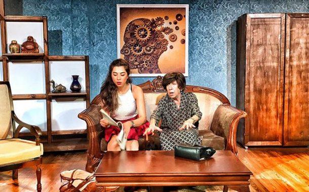 Ayşen Gruda'nın Başrolünde Oynadığı Komedi Tufanı ''Kırkından Sonra''