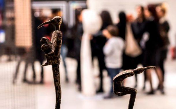' Derin Uykusuzluk ' Sergisi UNIQ Gallery'de Açıldı