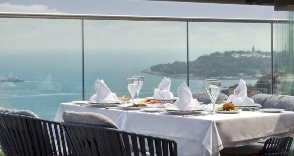 IZAKA Restaurant İle Sevgililer Günü'nü Unutulmaz Bir Anıya Dönüştürün