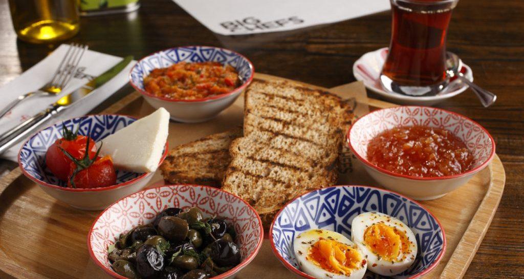 Anadolu'dan Gelen Lezzetlerden Oluşturulmuş Kahvaltı Menüsü