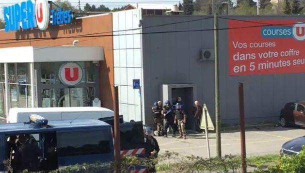 Son dakika! Fransa'da Süpermarkette Rehine Krizi...