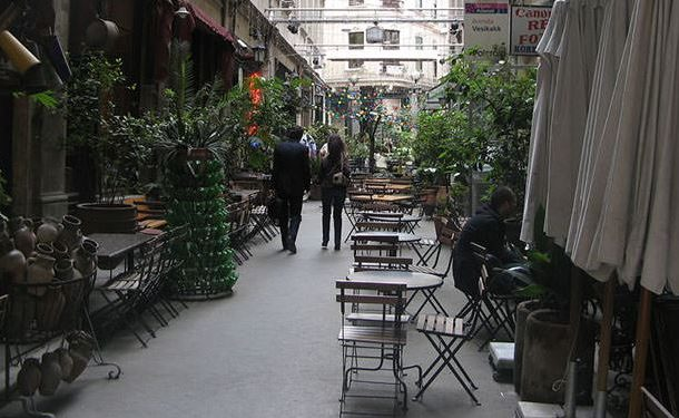 Top 10 Outdoor Cafes in Istanbul