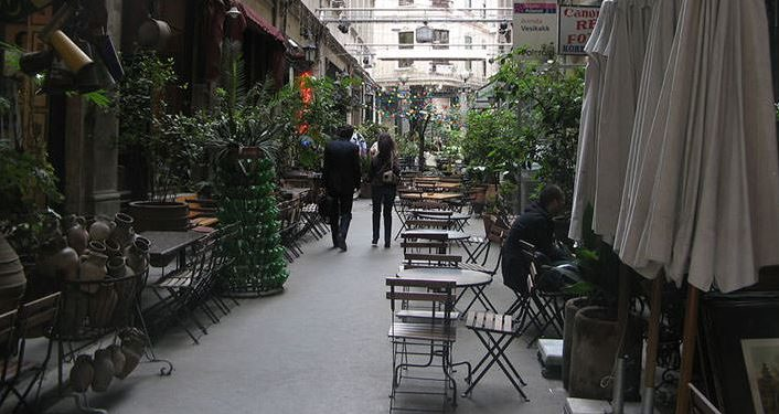 Outdoor Cafes in Istanbul