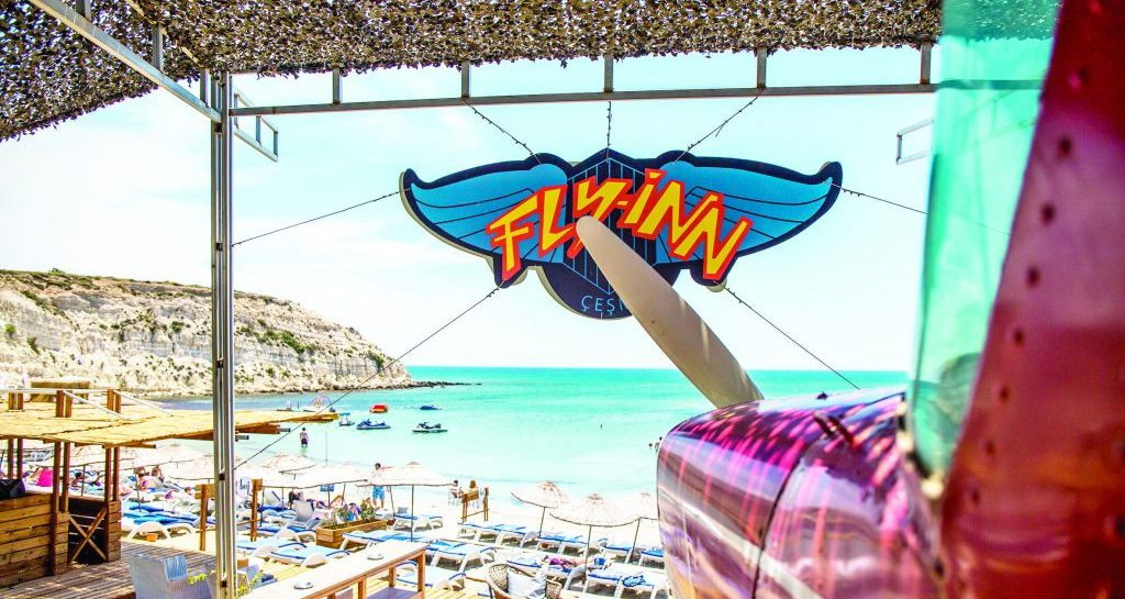 Fly – Inn Beach