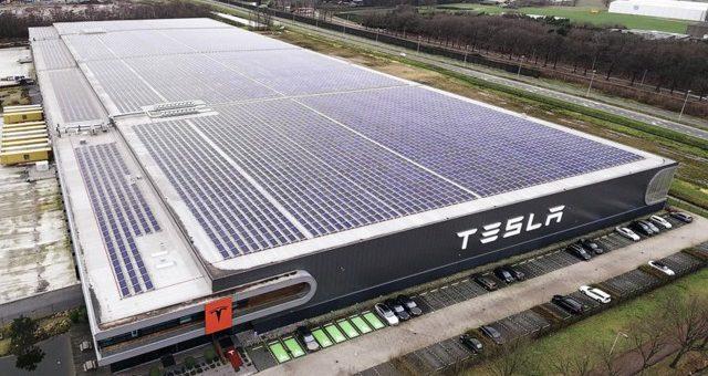 Tesla'da İşler Karıştı