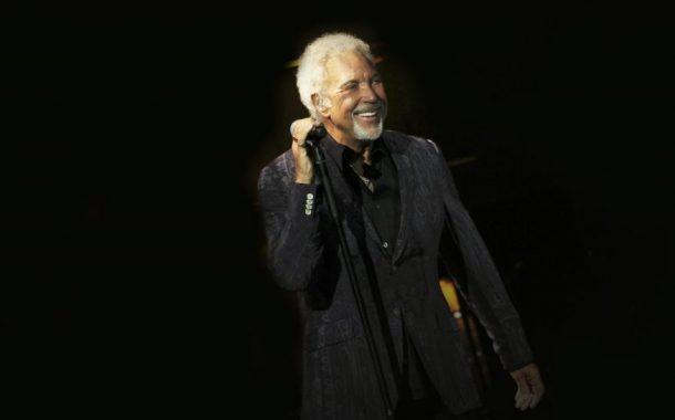 Live in Concert Serisi Tom Jones Efsanesiyle Devam Ediyor