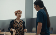 Samsung'dan Saçma Apple Reklamı!